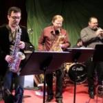 Elasti band 22-2-2012 au Vo site